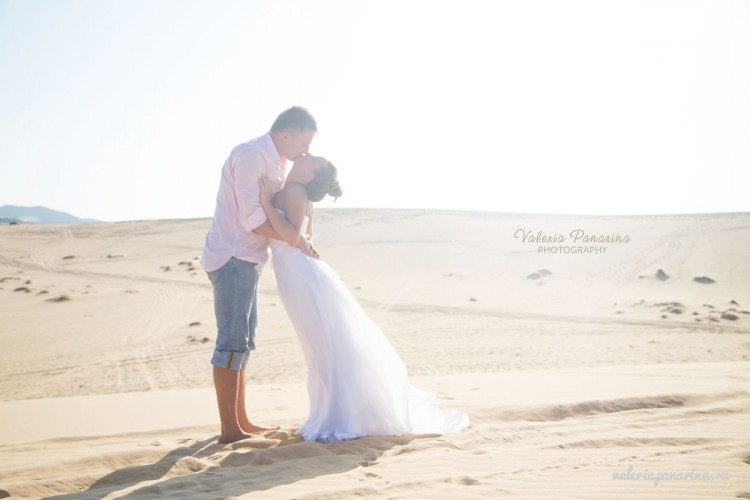 Свадебная фотосессия во Вьетнаме. Свадебные церемонии во Вьетнаме. Фотограф Валерия Панарина. Белые Дюны