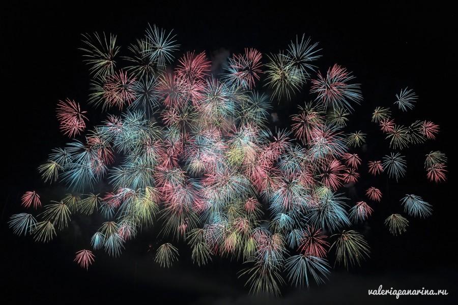 Международный фестиваль фейерверков в Дананге отмечает свой юбилей